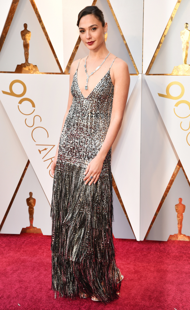 HOLLYWOOD, CA - MARCH 04:  Gal Gadot attends the 90th Annual Academy Awards at Hollywood & Highland Center on March 4, 2018 in Hollywood, California.  (Photo by Kevin Mazur/WireImage)