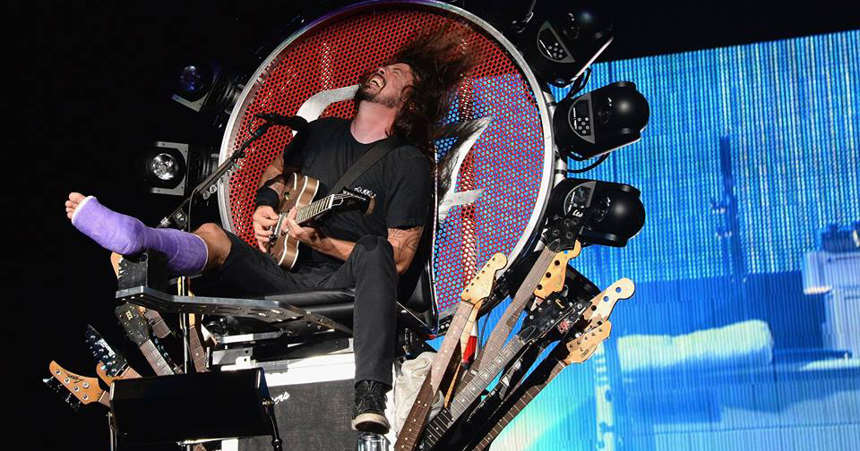 dave_grohl_foo_fighters_platre